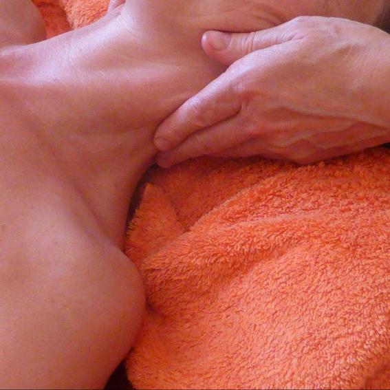Gutschein für eine ayurvedische Massage 90min