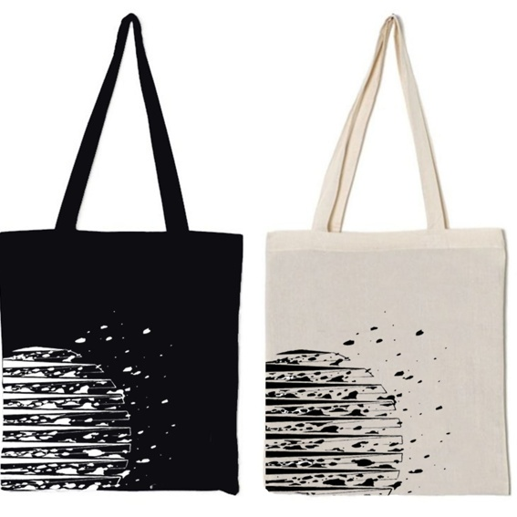 Tote bag with a graphic from Modern Trips