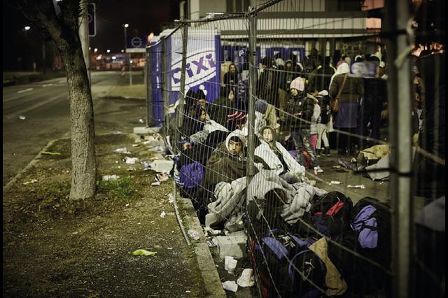 Stand up for Refugees - Kleider für Flüchtende