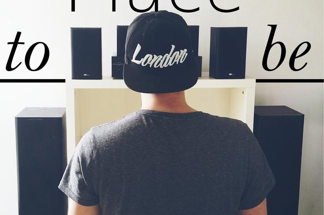 Latitude - Debütalbum