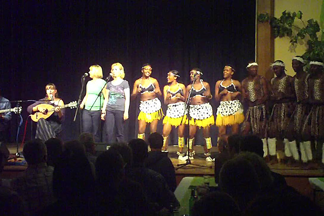 AMACULO – Wald4tel trifft Zimbabwe