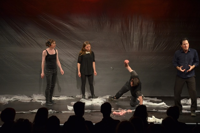 Theaterstück