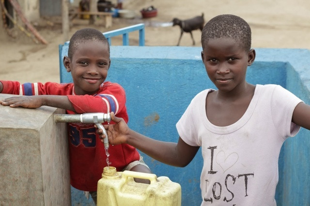 LET THERE BE WATER - Ein Film über die Fontes Foundation Uganda