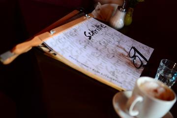 SCHRiTTE – Zeitschrift für Literatur im Café