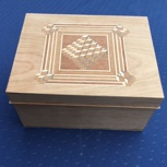 Holzschatulle mit Intarsie 2