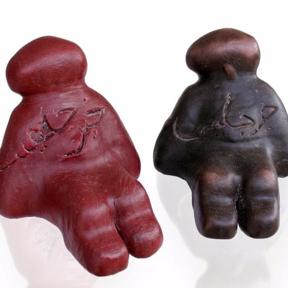 """Skulptur """"My friend Time"""" Maha Alusi's Kunst Zeit sichtbar zu machen"""