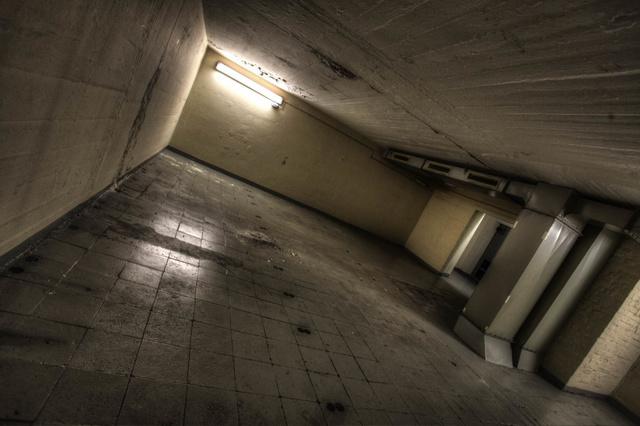 ZUCKER - eine Hüpfburg aus Beton
