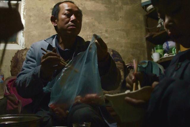 Hinter dem 5. Ring (AT) - Dokumentarfilm mit chin. Wanderarbeitern