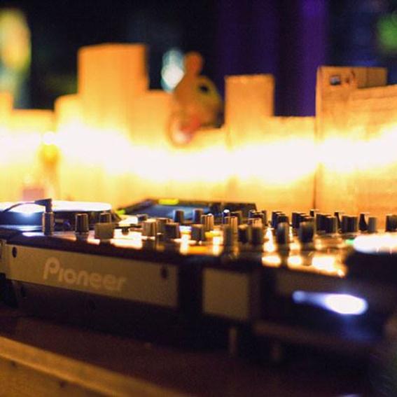 DJ-Slot (Techno)