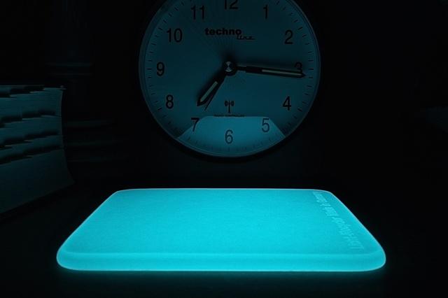 Einfachster Tageslicht-Recycler, leuchtet Nachts.