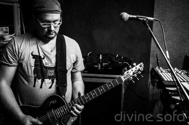 divine sofa - Über das Debutalbum zum eigenen Label