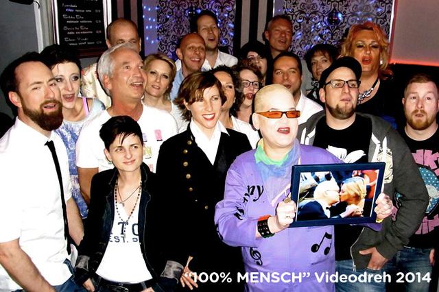 100% MENSCH - 77 (LOVE IS LOVE) - die Kampagne 2015