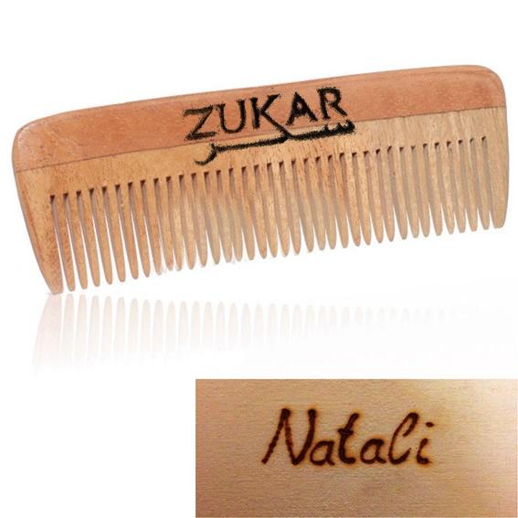 ZUKAR-Kamm aus Holz mit Deinem Namen
