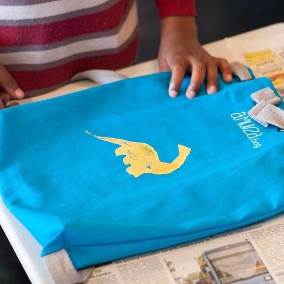 AMUZAbag - für Solidarität und Toleranz