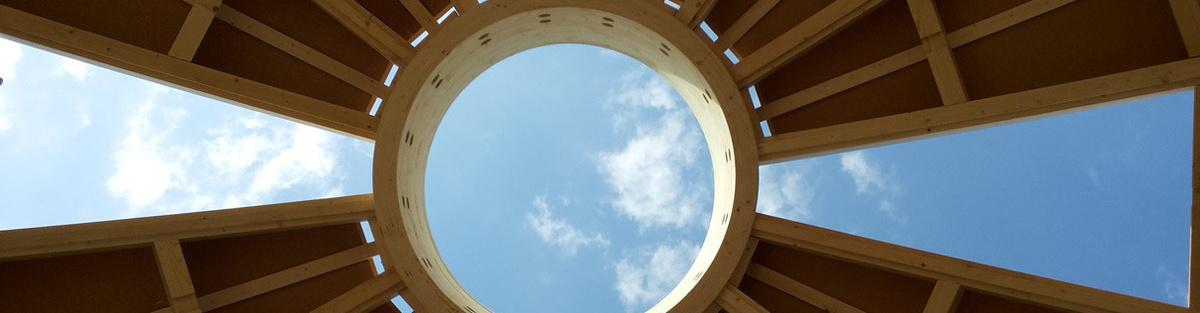 Yogini Dome an der Elbe