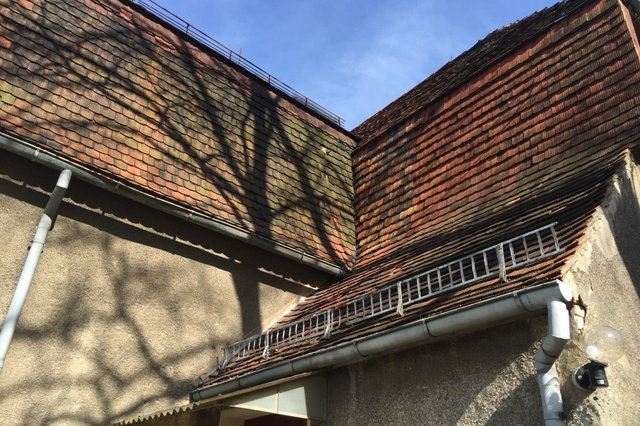Vom Dachschaden zum Lebens- und Bildungsprojekt