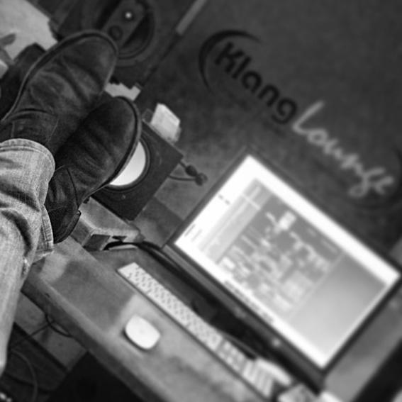 EP auf CD + Eintritt Release-Konzert + Studiosession