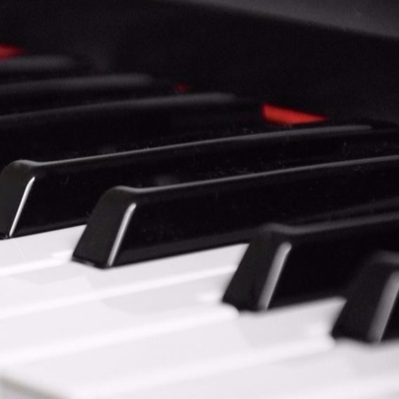 "CD ""Piano Songs"" handsigniert + Erwähnung im Booklet"