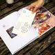 EARLY BIRD: Bildband »BURGERLIEBE – die 100 Burger Deutschlands« und zehn Rezeptpostkarten! Den Versand schenken wir dir! (Limitierung auf die ersten 50 Bücher)