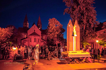 Feuerskulptur Ton am Dom Halberstadt