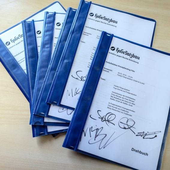 signiertes Drehbuch