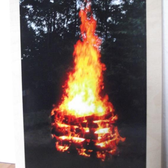 1 Feuerbild auf Sperrholz mit Rahmen 35x25x1,2 cm