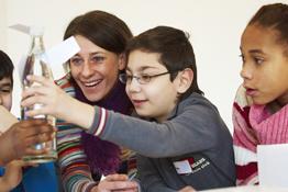 Kinder entdecken Design