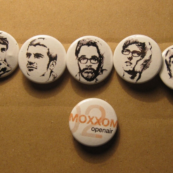 Buttons 2011