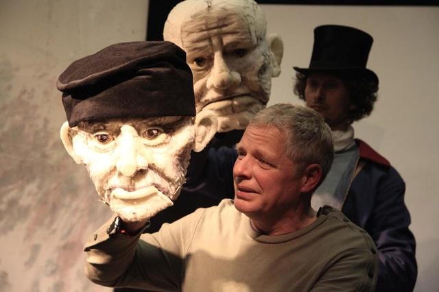 Die Vermessung der Welt- Theater mit Figuren
