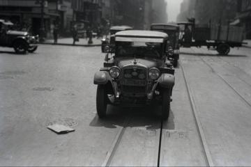 Im Auto durch zwei Welten – Filmrettung