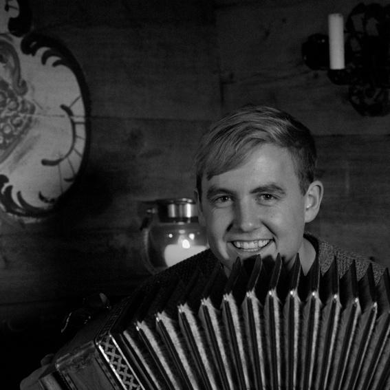 Unterricht bei der LischKapelle: Steirische Harmonika