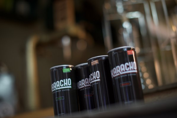 Red Bull Kühlschrank In Dosenform : Karacho mix box à 1 stück pro sorte karacho cold brew coffee