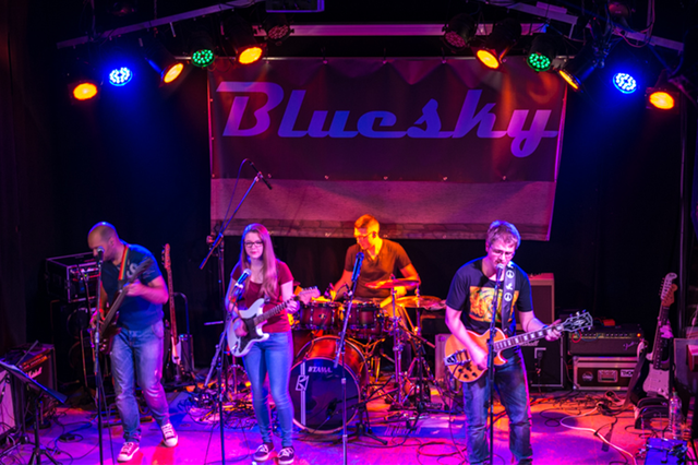 Bluesky - Debütalbum