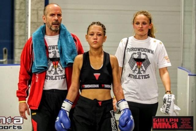 Puffy (Tina) zur WKU Kickbox - Weltmeisterschaft nach Irland