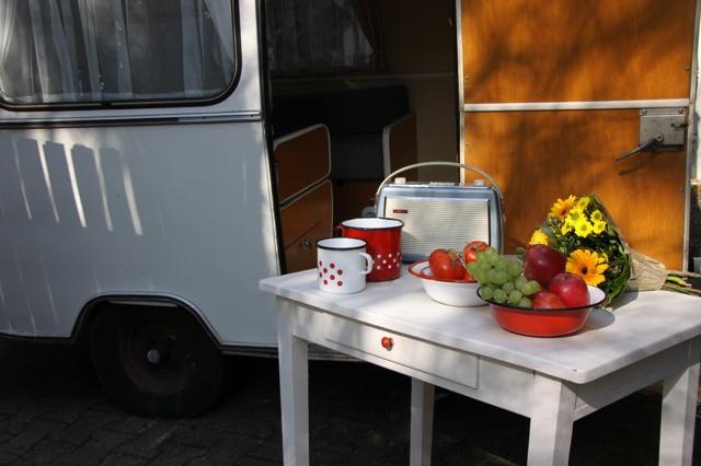 VINTAGE-CARAVAN - Urlaub im Oldtimer-Wohnwagen