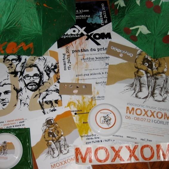 Die Goldene Eintrittskarte + Fanpaket
