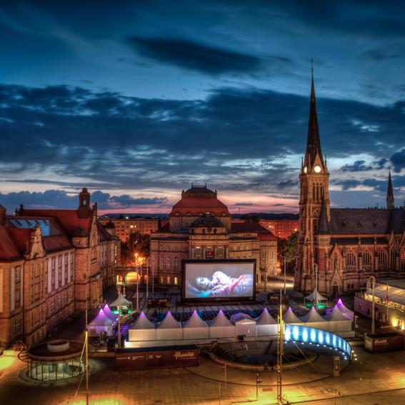 Filmabend oder Konzertabend auf dem Theaterplatz inkl. Übernachtung im Chemnitzer Hof