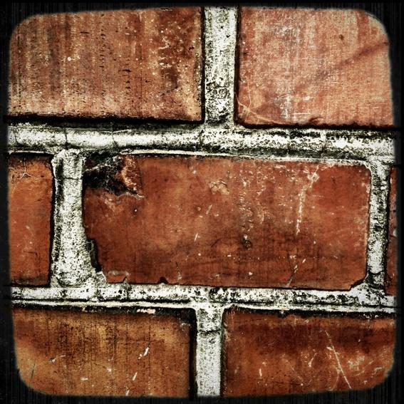 Schornsteinziegel* - chimney brick*