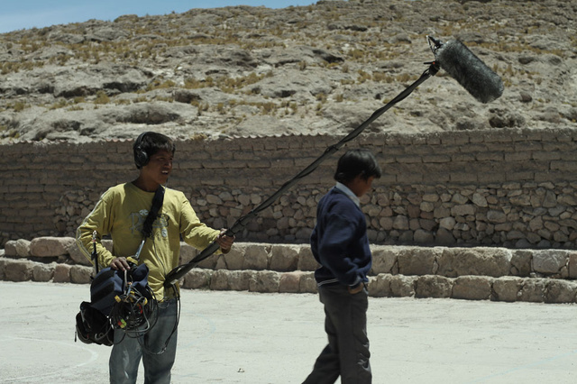 THE WHITE TREASURE and the salt workers from Caquena