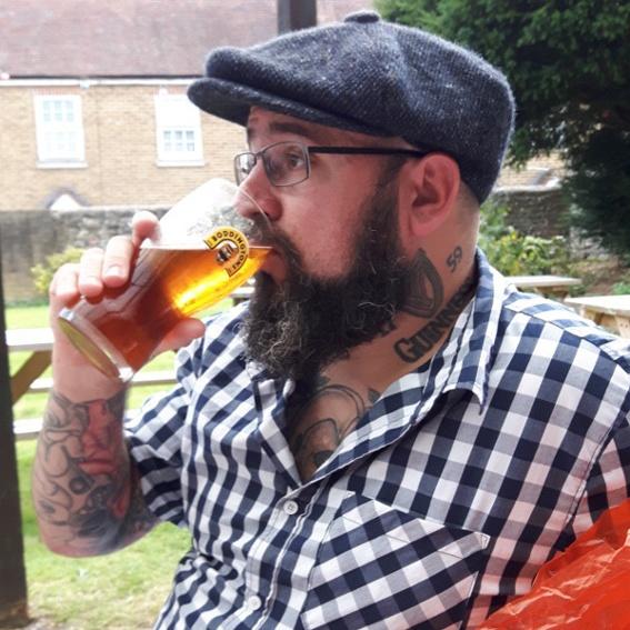 Ein ganzes, halbes Jahr das erste Bier frei, woohooo