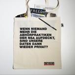 Stofftasche gefüllt mit Pressefreiheit