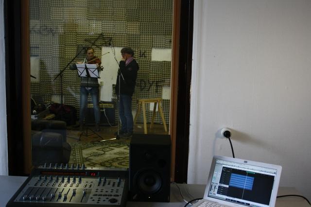 Glissa - Hilf uns unser erstes Album zu finanzieren.