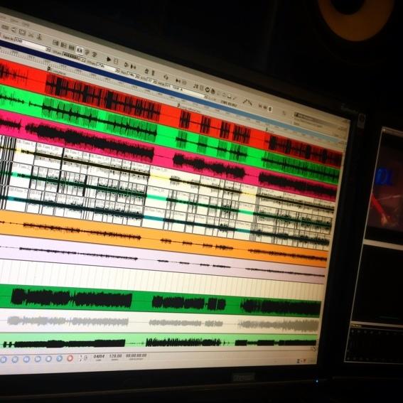 DVD Konzert vorab exklusiv im Studio in 5.1 gucken / hören