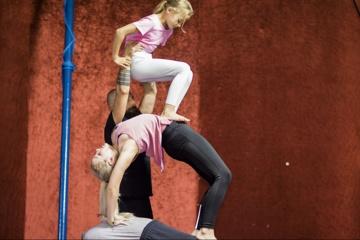 Gestaltenwandler:Zirkustherapie für junge Menschen