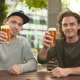 Wir trinken auf dich. Live auf Facebook.