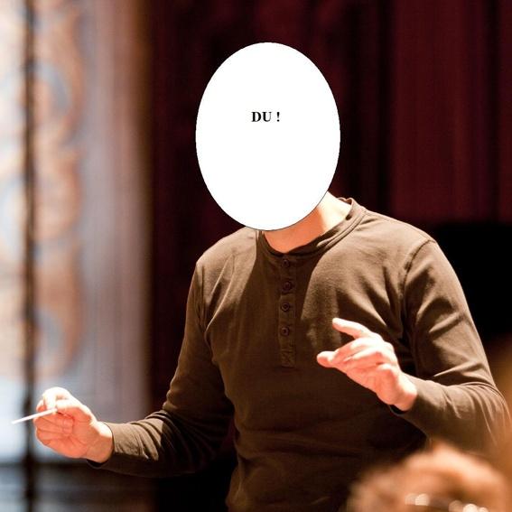 Du dirigierst ein kleines Orchester!