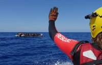 foto_markus_weinberg20170926search_and_rescue_ship_lifeline_gots_unter_firer_by_the_libyan_coast_gard_during_rescue0095_kopie_0002.jpg