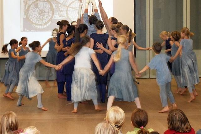 voyage - unterwegs, ein Tanztheaterprojekt für junge Menschen