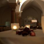 Abend-Musik im Kerzenschein mit Brot und Wein.