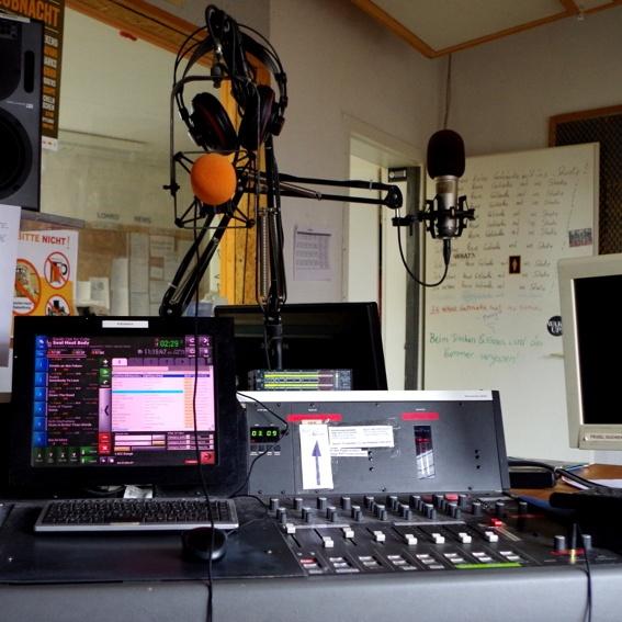 LOHRO-Spezial Radiokurs +  Dein Name auf unserer Homepage + Dein Name auf der Kunsttafel